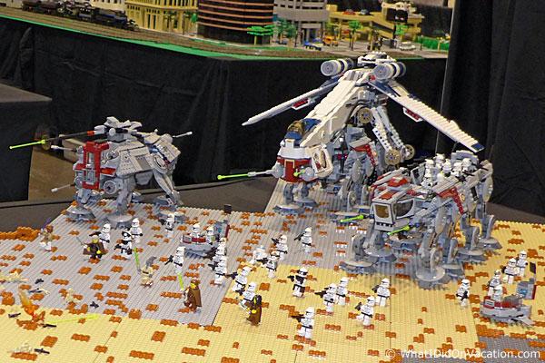 MegaCon legos star wars