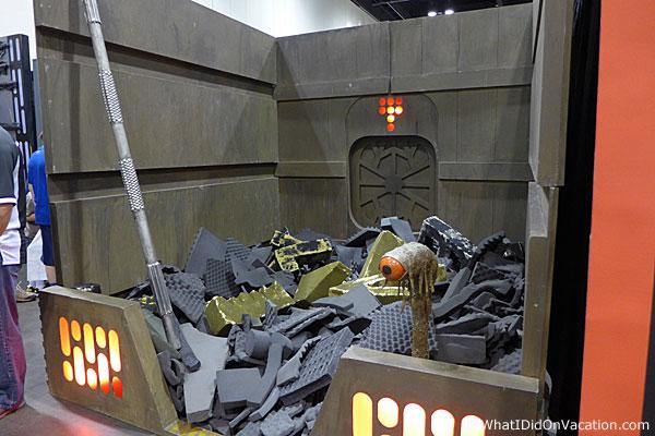 MegaCon Star Wars garbage masher