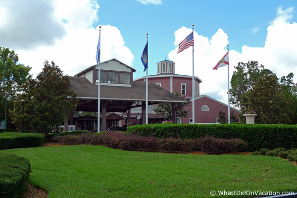 Saratoga Springs front entrance