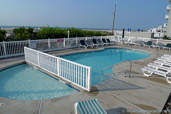Wildwood crest townhouse pool
