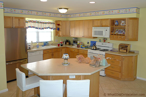 Wildwood Crest town house kitchen