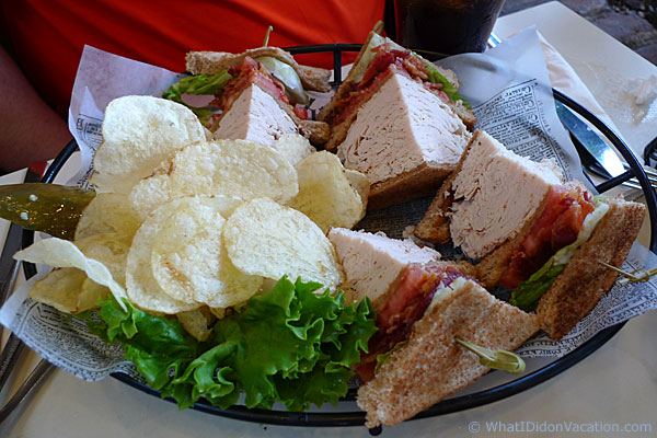 Duffer's turkey club platter