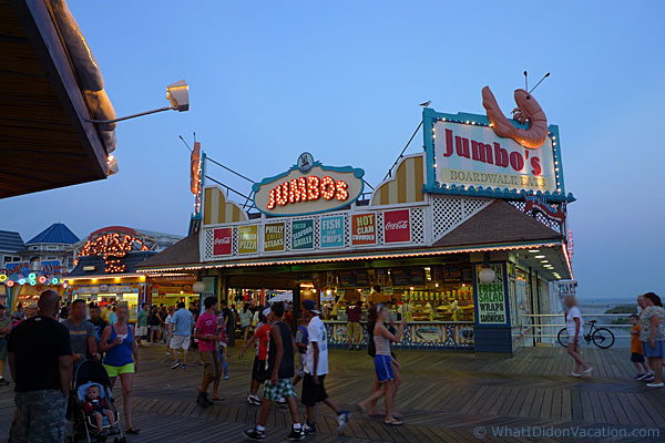 Jumbo's seafood take out stand