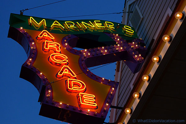 Mariner's Arcade neon sign