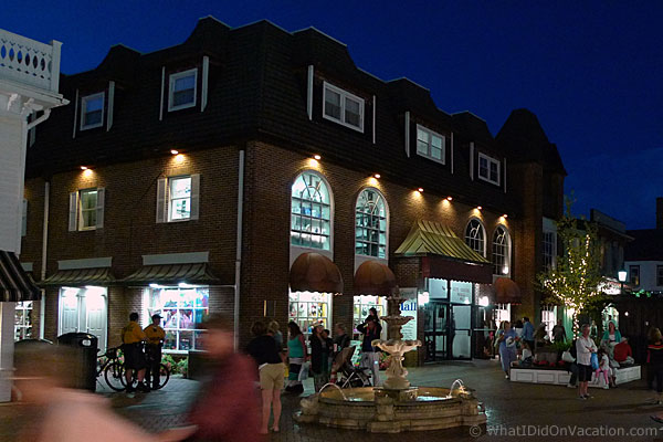 Cape May Washington Street Mall at night